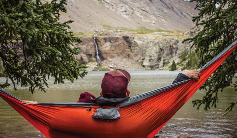 A guide to hammocking: The ultimate student activity