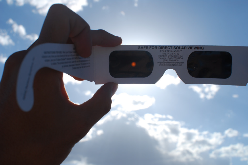How to know if your eclipse glasses are safe - Explore Rexburg