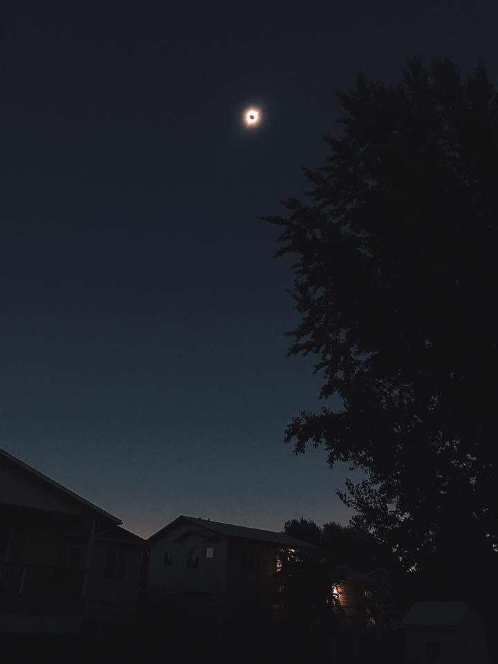 Eclipse photo by @jessa