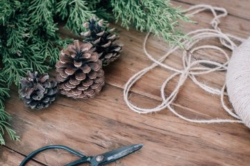This article contains a few great DIY wreath ideas.