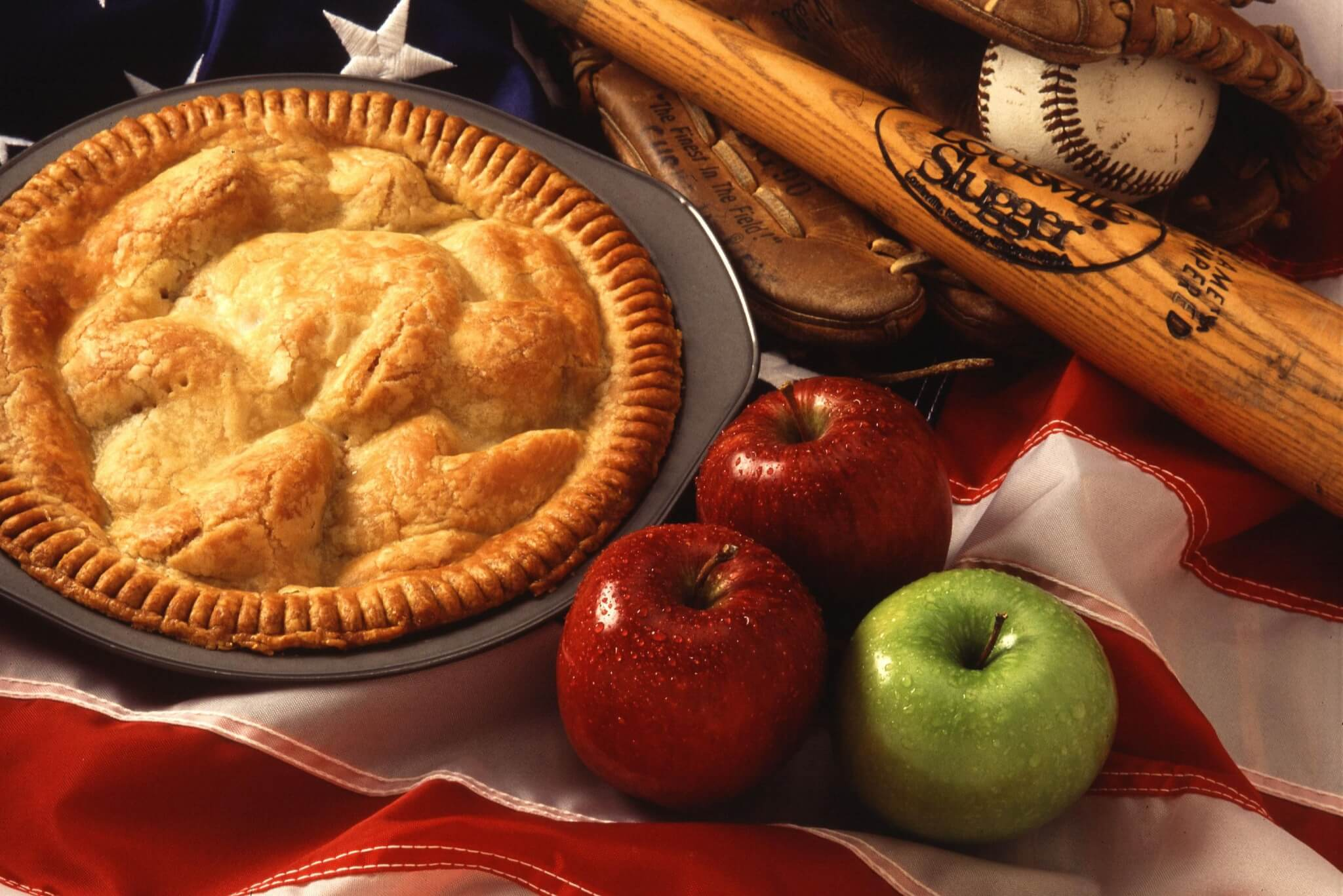 Apple Pie - perfect for Pi Day.