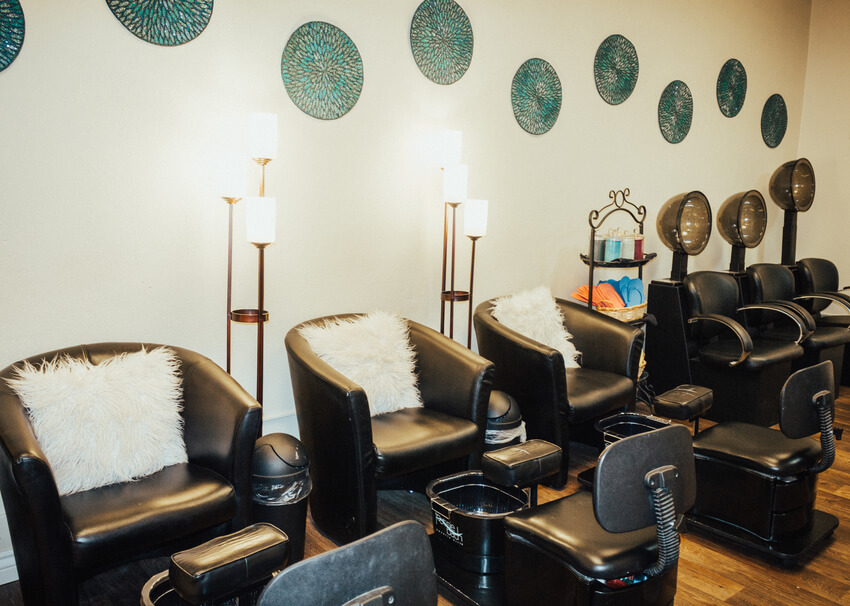The Retreat Salon & Tanning, one of the hair salons in Rexburg