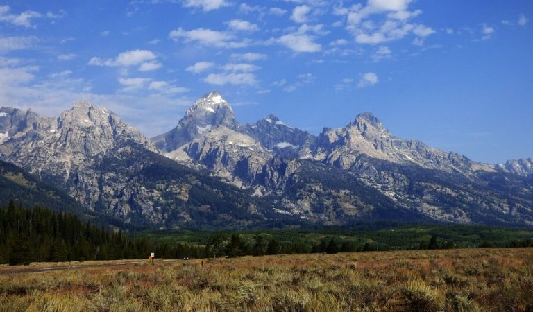 New Kanye West album cover features Tetons