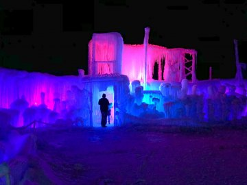 LaBelle Lake Ice Palace 2019